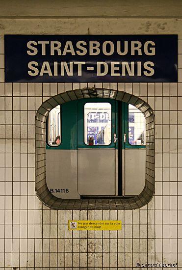 030009_paris_metro_strasbourg_saint_denis